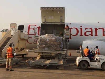 Don de matériel médical chinois au Burkina : La caverne d'Alibaba