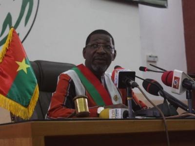 Ouverture de la 2e session ordinaire de l'Assemblée nationale: « Nul n'a le monopole du destin de ce pays » (Alassane Bala Sakandé, président du Parlement)
