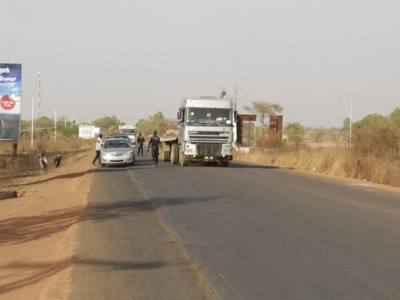 Mise en quarantaine de Ouaga : Mélange d'application stricte et de sensibilisation